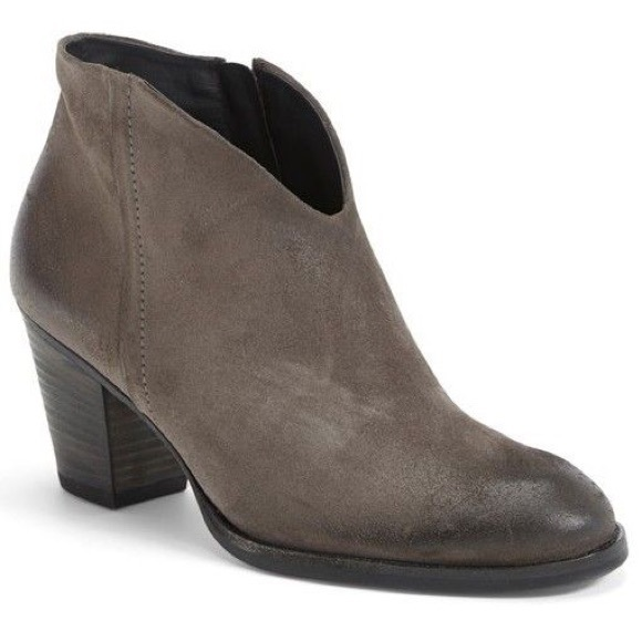 portafoglio Attore Gonfiare  Paul Green Shoes | Paul Green Delgado Distressed Suede Booties | Poshmark